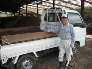 窪野町の生産農家の杉原さん